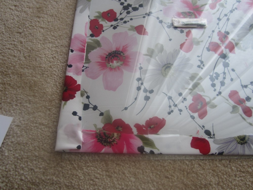 Do It Yourself Decorations:  Fabric Accent Frame (5/6)