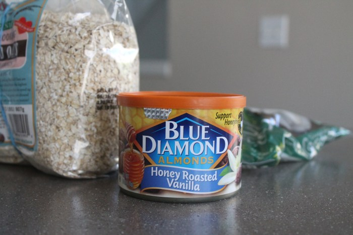 Blue Diamond Almonds- Honey Roasted Vanilla