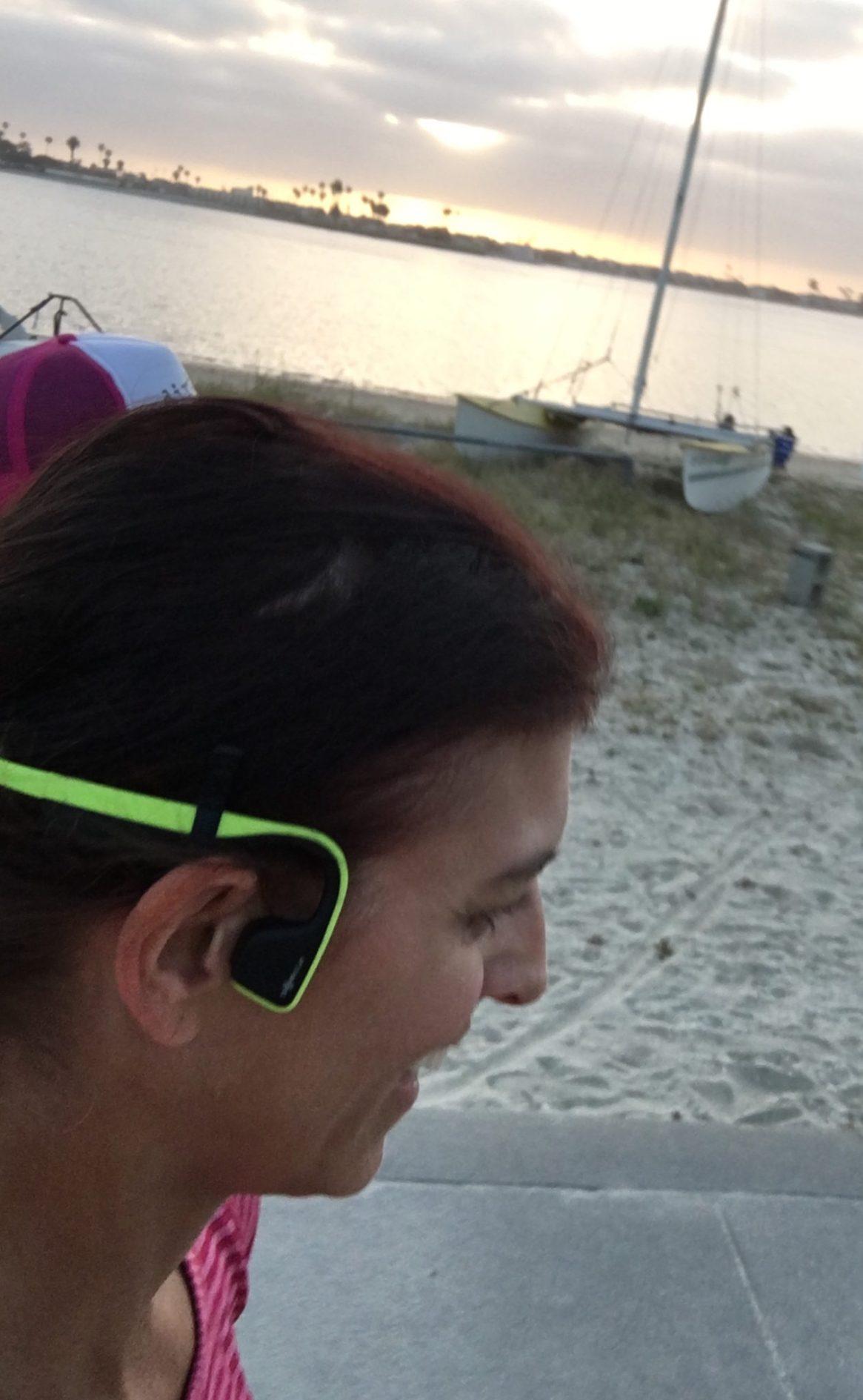 AfterShokz, Trekz Titanium, wireless headphones, bibrave, bibchat