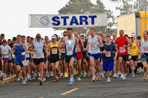 Start of the Newport Marathon. Credit: www.newportmarathon.org/