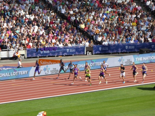 Rudisha decided to hold off on the opening lap