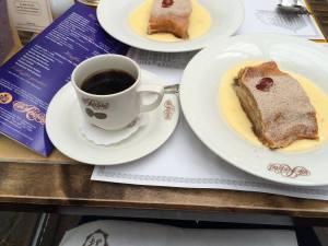 Kafe und kuchen