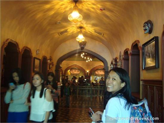 Hong Kong Disneyland - Explorer's Club Restaurant