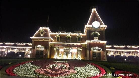 Hong Kong Disneyland - Railroad at Night