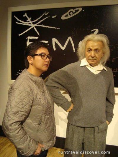 Central Hong Kong - Albert Einstein