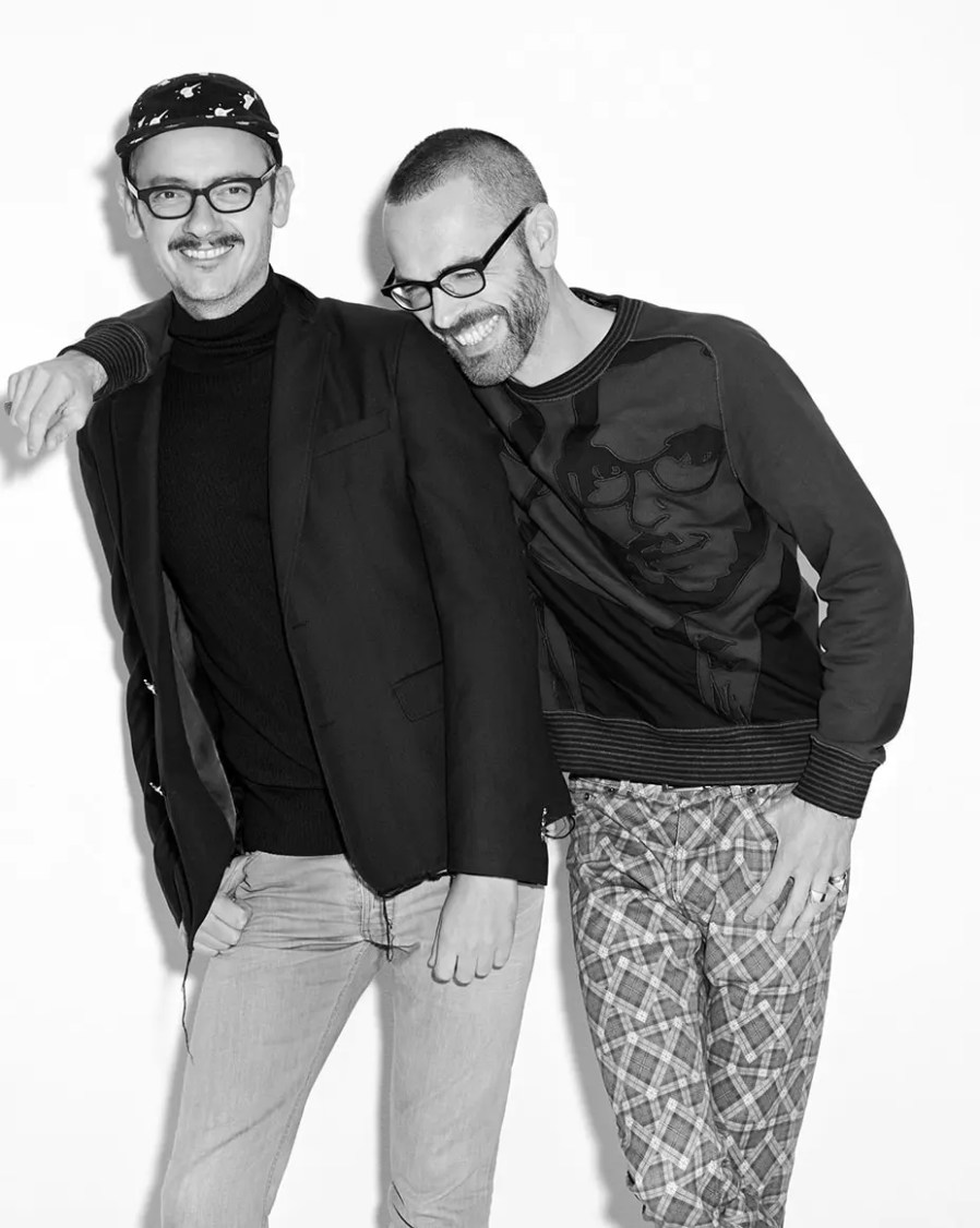 Viktor & Rolf Fall Winter 2017-2018 by Runway Magazine