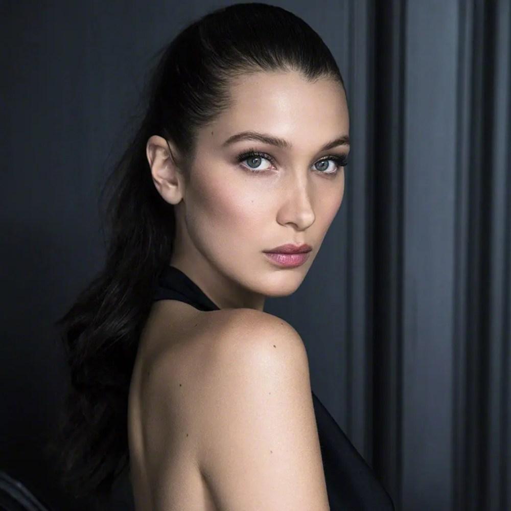 bella-hadid-runway-model-eleonora-de-gray-editor-in-chief-runway-magazine