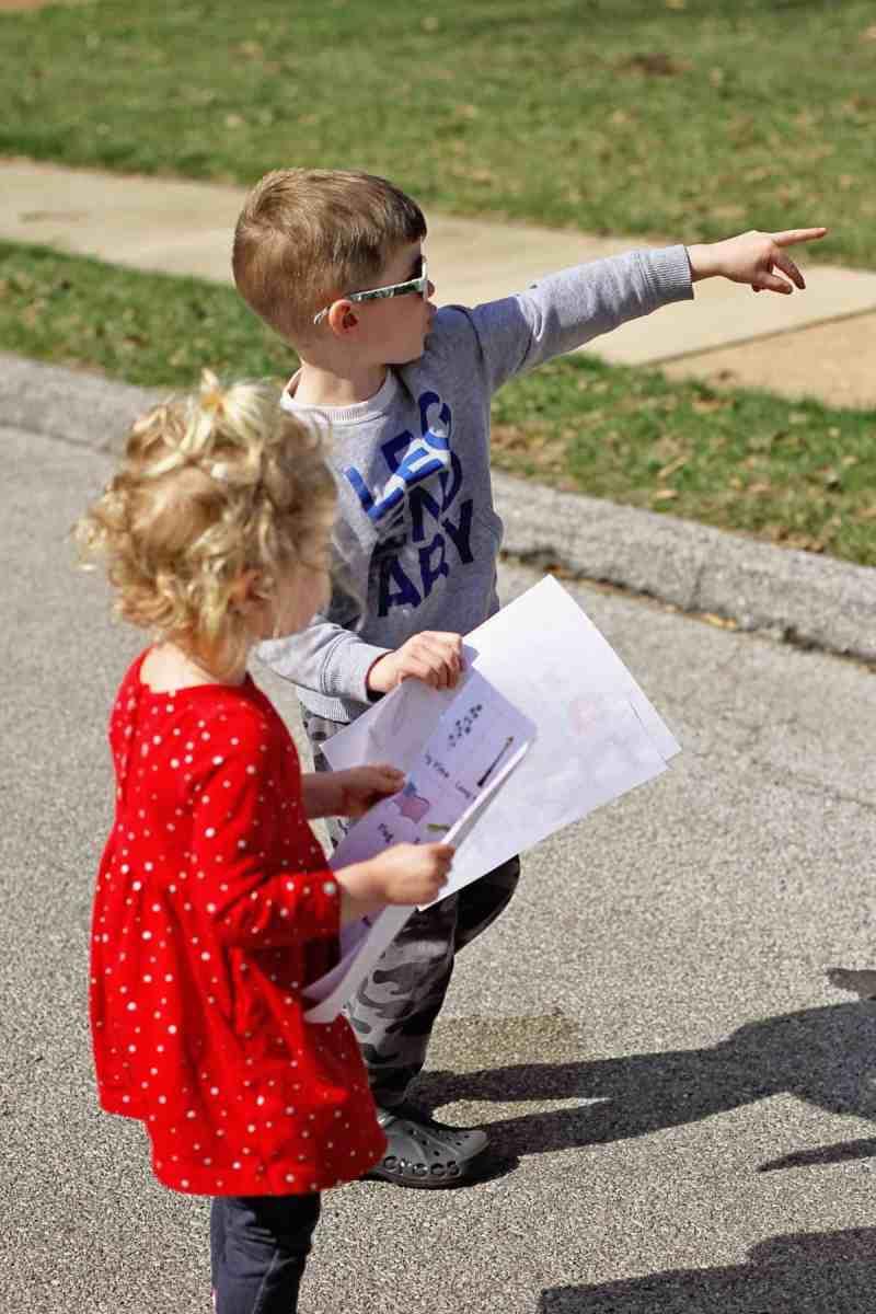 Free Neighborhood Scavenger Hunt
