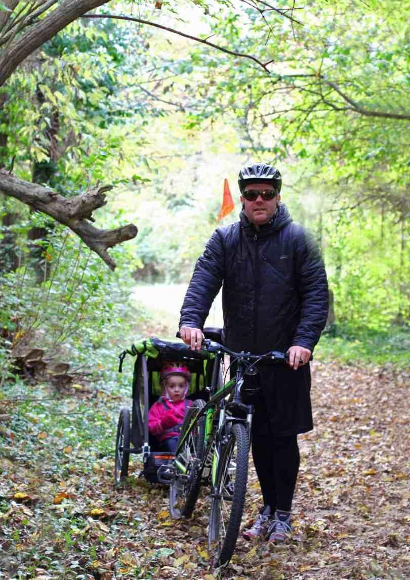 best ways to bike with kids - burley minnow trailer