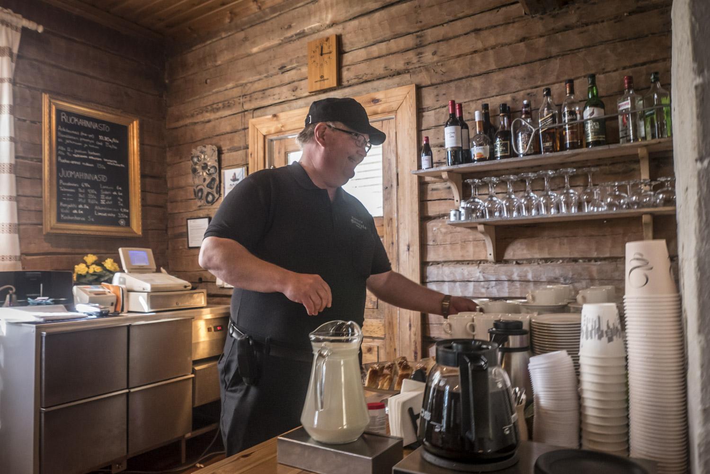 Matti Niemelä on kehittänyt pitopöytää jo liki kolmen vuosikymmenen ajan.