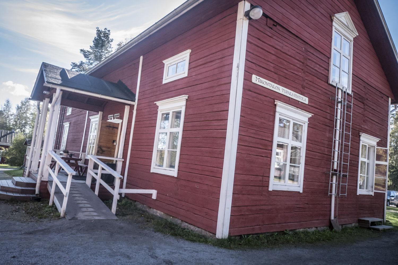 Mikontalo on alkujaan peräisin Jalasjärveltä.