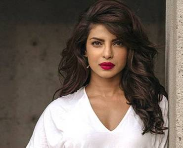 Priyanka Chopra starts shoot for 'Text For You' 2