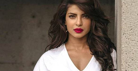 Priyanka Chopra starts shoot for 'Text For You' 1