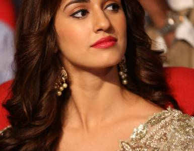 Disha Patani treats fans with gorgeous pictures; says 'Sunday's be like' 11