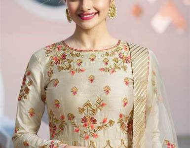 Prachi Desai: Just like corruption in politics; nepotism exists in Bollywood 5