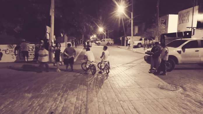 Una habitual escena nocturna en Cancún