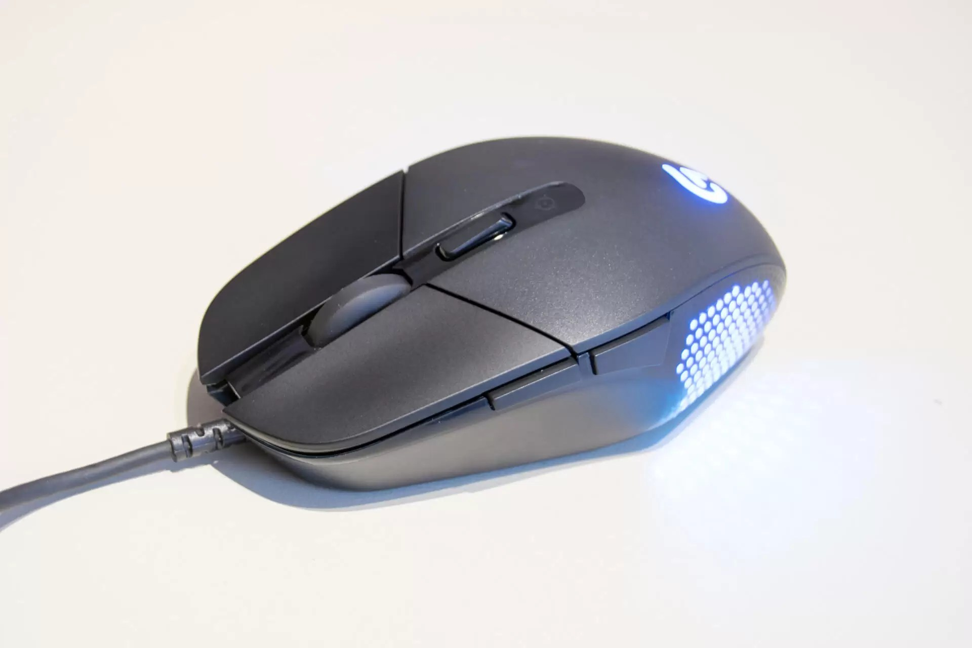 VAC sustav, tako da se korisnik nakon zatvaranja računa može povezati samo preko.