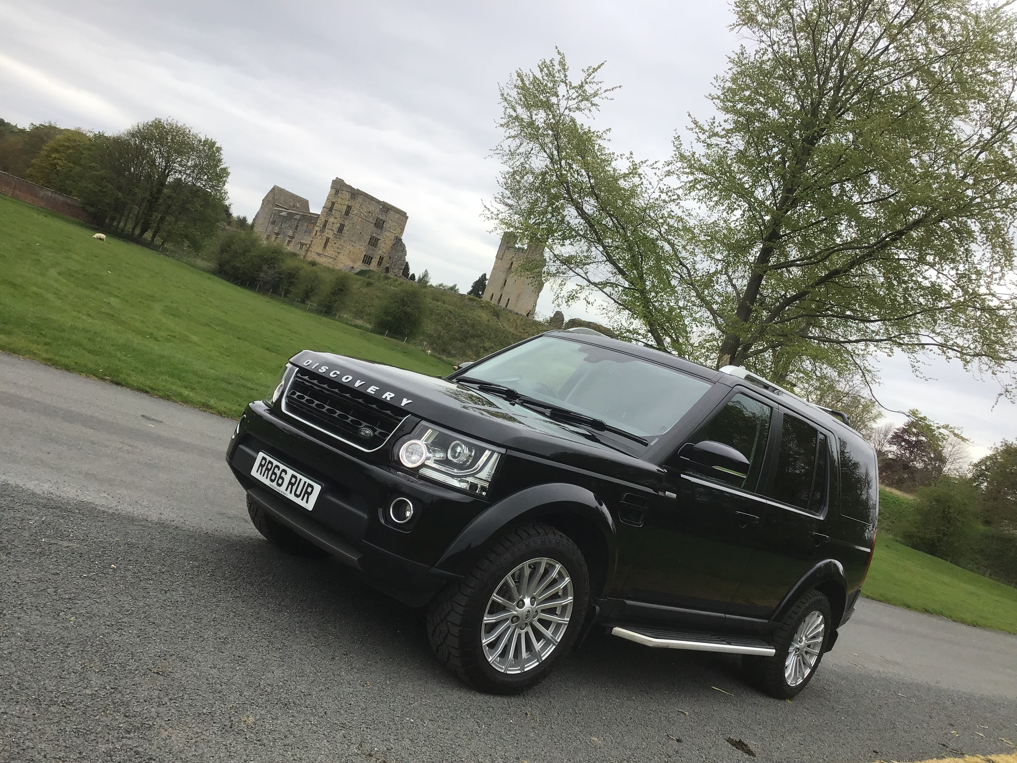 Landrover Discovery at Duncombe Park, Helmsley, North Yorkshire.