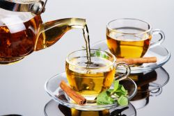 Chá de maçã com canela