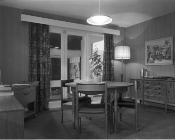 RDS home exhibit, dining room, 1960s