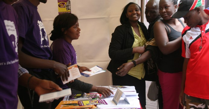 Giving information to young people on Maternal health & SRHR