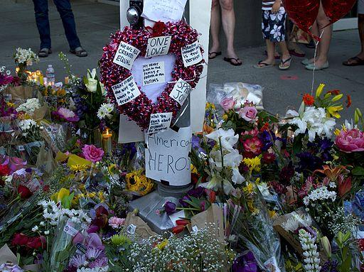 Portland_Tri_Met_MAX_stabbing_vigil_2