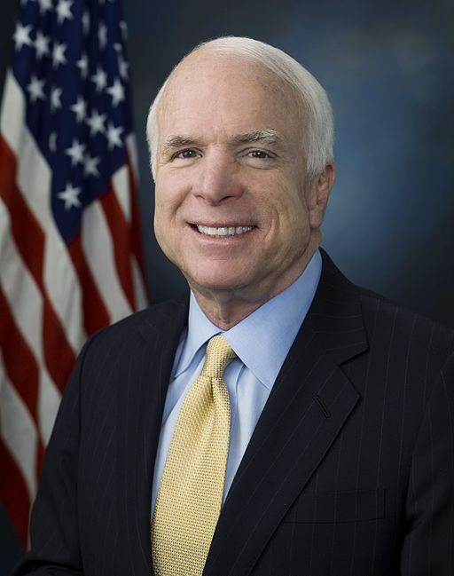 512px-John_McCain_official_portrait_2009