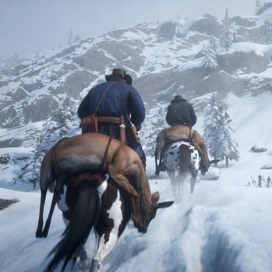 Red Dead Redemption 2: Der knietiefe Schnee hinterläßt sichtbare Spuren, die uns bei der Jagd die Fährtensuche erleichtern.