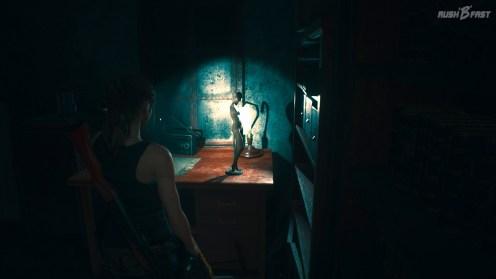 Resident Evil 2 (2019) - Statuette einer Schaufensterpuppe aus Resident Evil 7.