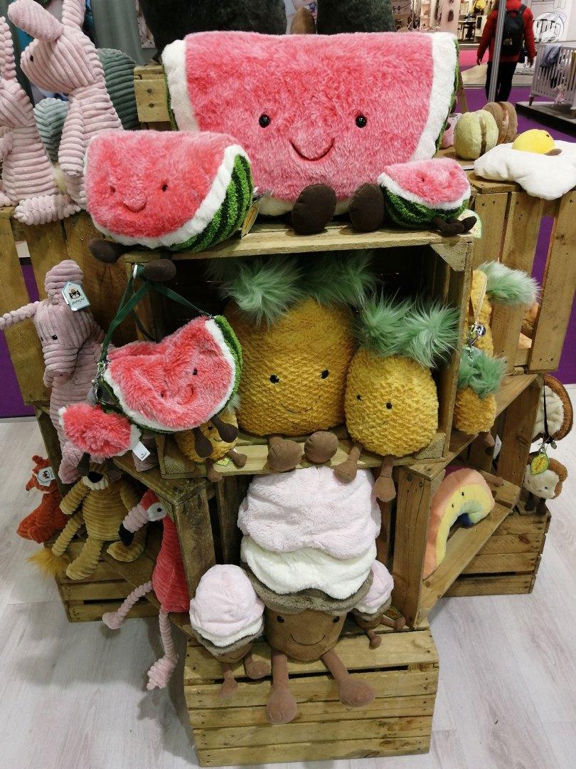 Jellycat: Kuscheln mal anders - Melone, Ananas und Softeis!