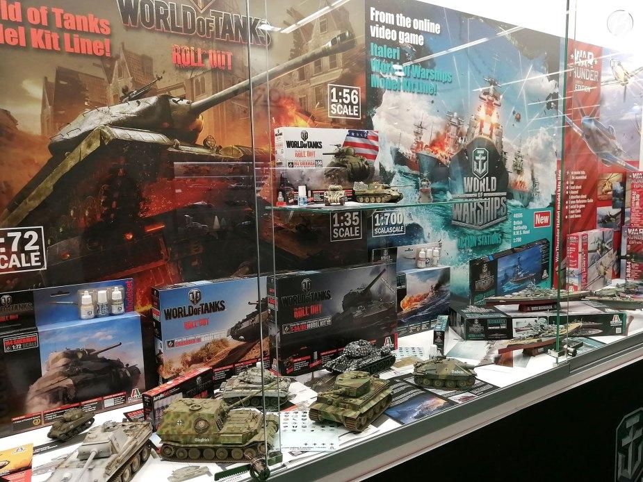 World of Tanks, World of Warships und War Thunder - zu allen drei Lizenzen gibt es detailreiche Modelle von Hersteller Italeri.