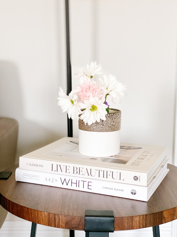 4 Ways to Style a Candle Jar