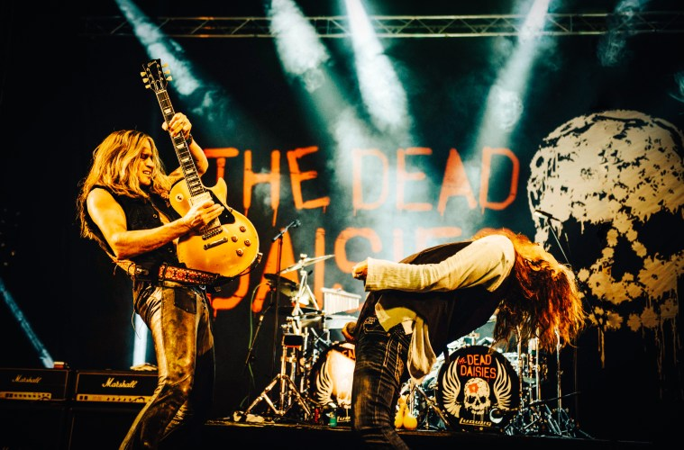 The Dead Daisies – Live and Louder (Spitfire Music)