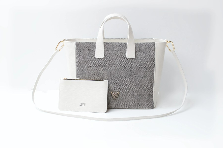 WHITE SUMMER B TOTE BAG