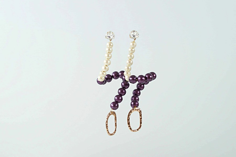 2 tone whiyepueple swan earrings 2 scaled