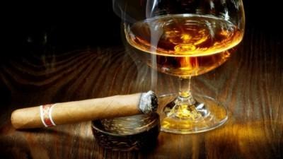 viski-ili-konyak-chto-luchshe4-600x338[1]