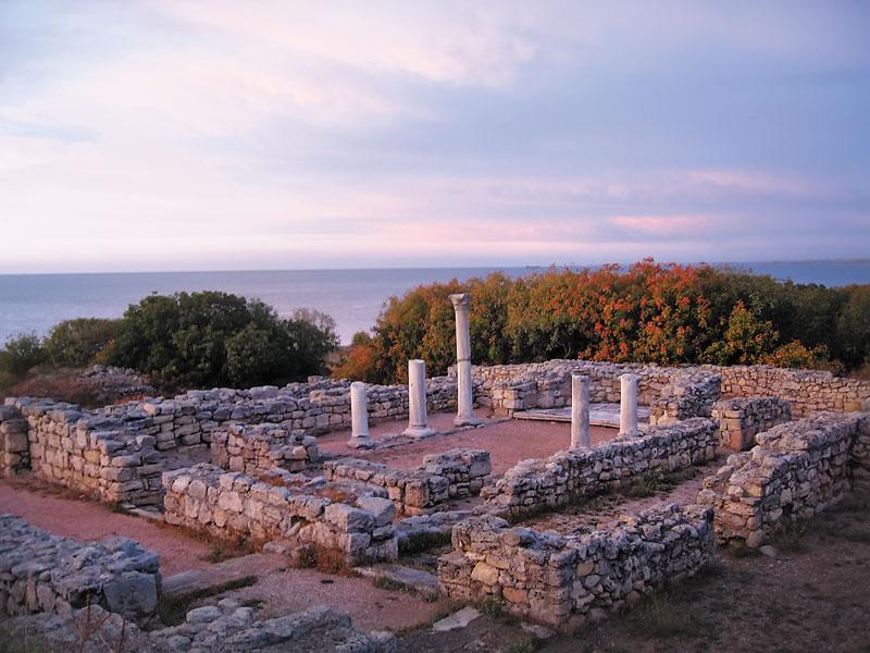 Руины древнегреческого города-государства Херсонес