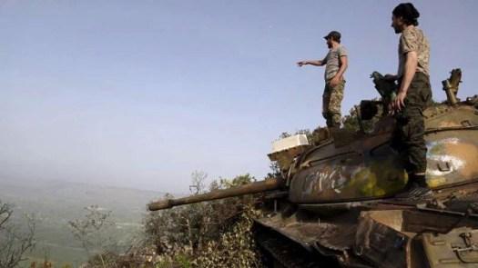 Първа брегова дивизия на Свободната сирийска армия в планините в Северна Латакия.