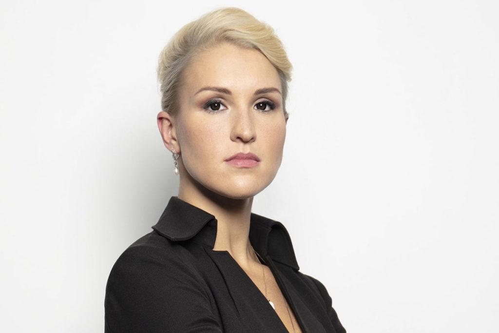Анастасия Васильева снова радует подписоту перлами о «Спутнике V»