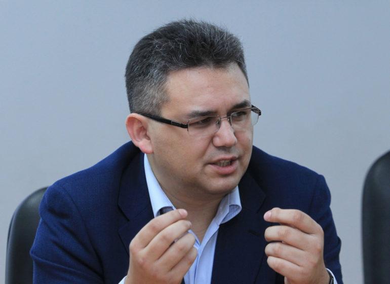 Аббас Галлямов: расстояние от апатии до взрыва нередко ...  нередко