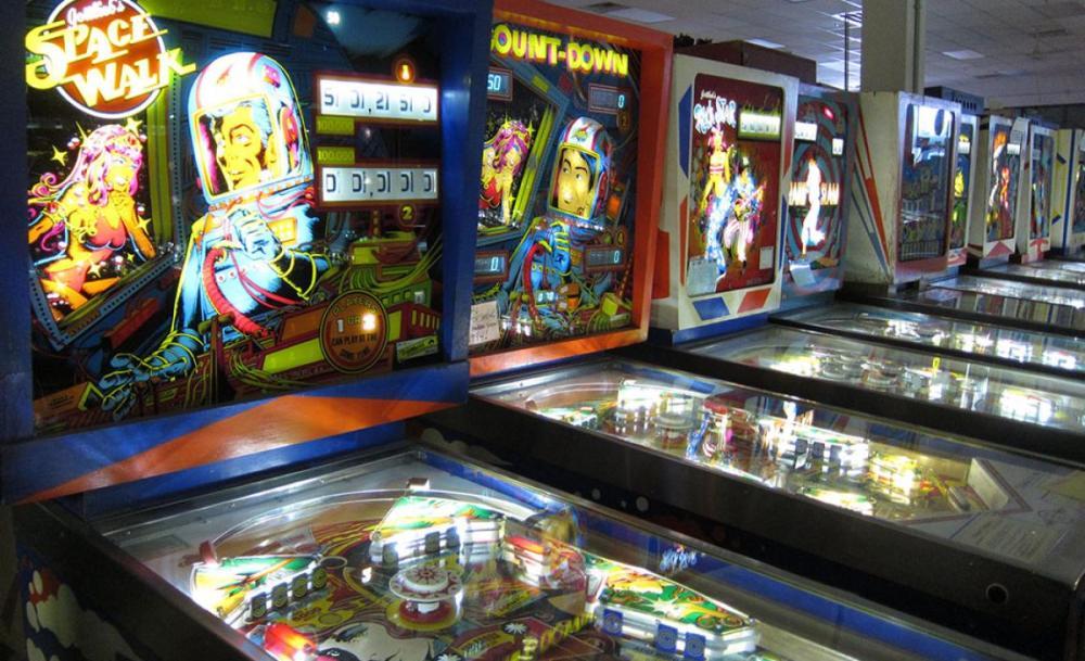 A pinball machine