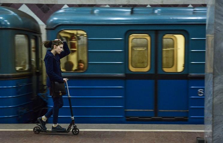 метропоезд