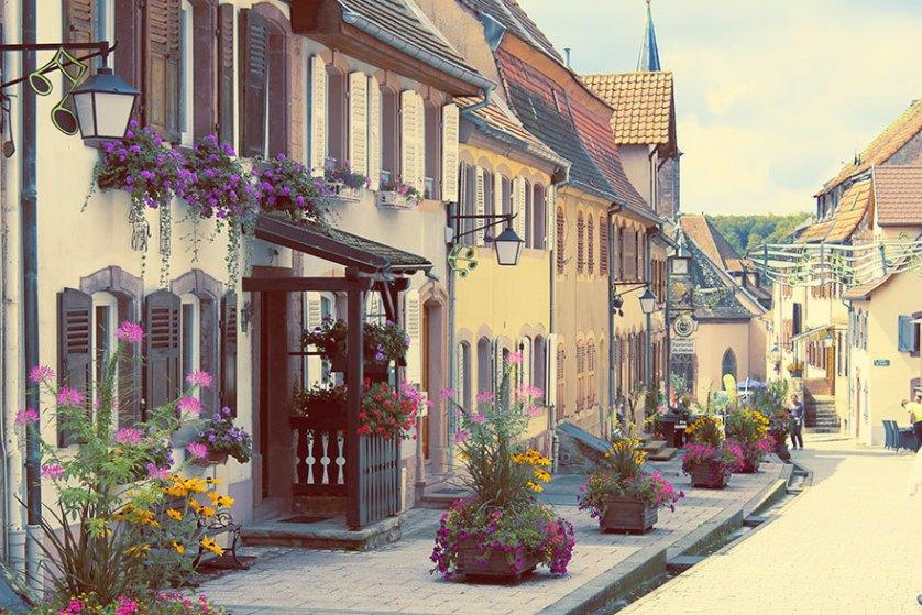 Ла-Петит-Пьер, Франция