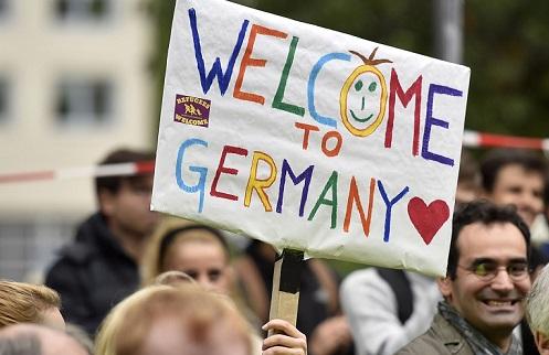 Небывалое гостеприимство обойдется немцам в астрономическую сумму.