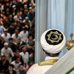 Putin, Medvedev congratulate Russian Muslims with Eid al-Fitr