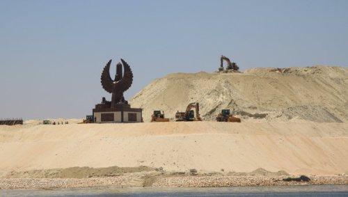 smi-egipet-poprosit-rf-vlozhitsya-v-infrastrukturu-u-novogo-sueckogo-kanala
