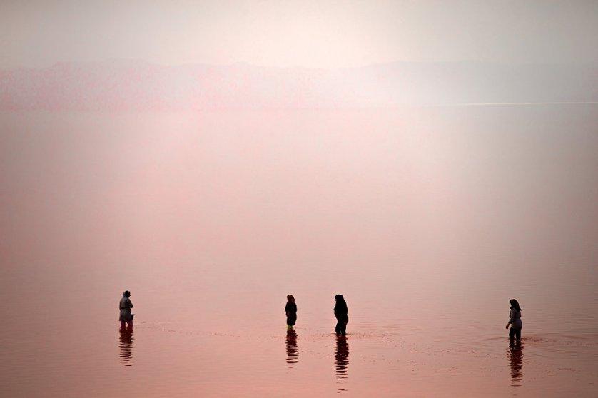 Благодаря уникальности озера Урмия, в 1967 году был основан национальный парк, куда вошла основная часть водоема. Из-за необычайной экосистемы ЮНЕСКО признало водоем хранилищем биосферы.