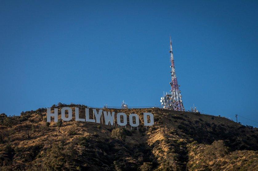 Большой популярностью среди туристов во всем мире пользуется Лос-Анджелес в США. Одной из самых главных его достопримечательностей является Голливуд – место, известное как колыбель американской кинематографии.