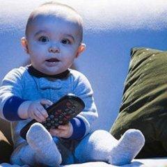 Длительный просмотр телевизора ведет к социальной изоляции