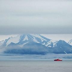 Greenpeace подала в суд на Норвегию за добычу углеводородов в Арктике